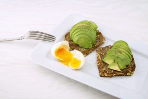 how to prevent miscarriage eat healthy fats